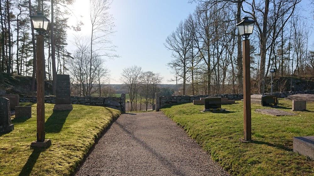 Essunga Kyrkogård