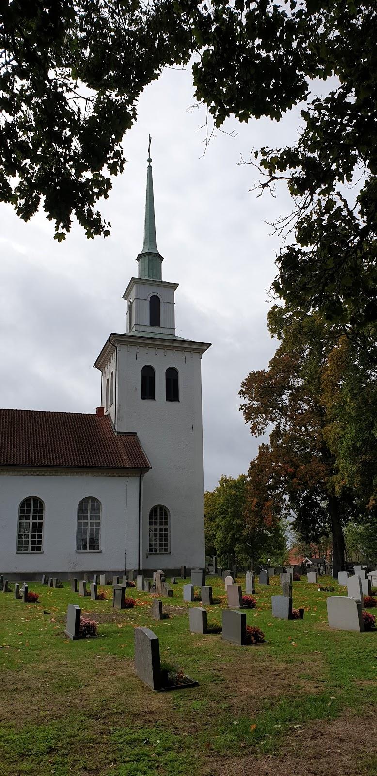 Bäckaby kyrka