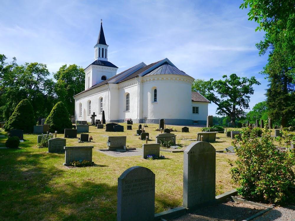 Förkärla kyrkogård