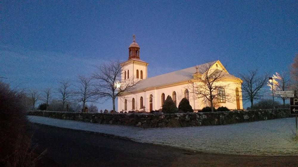 Varla kyrkan
