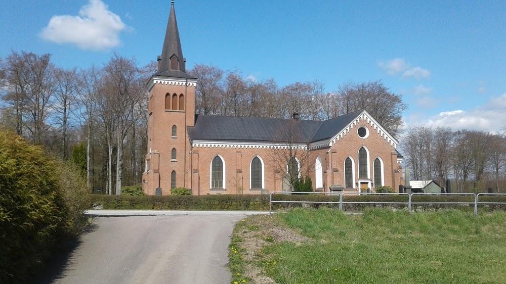 Östraby Kyrkogård