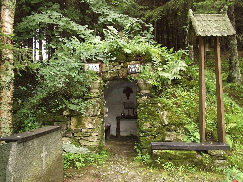 Dimbo kyrkogård