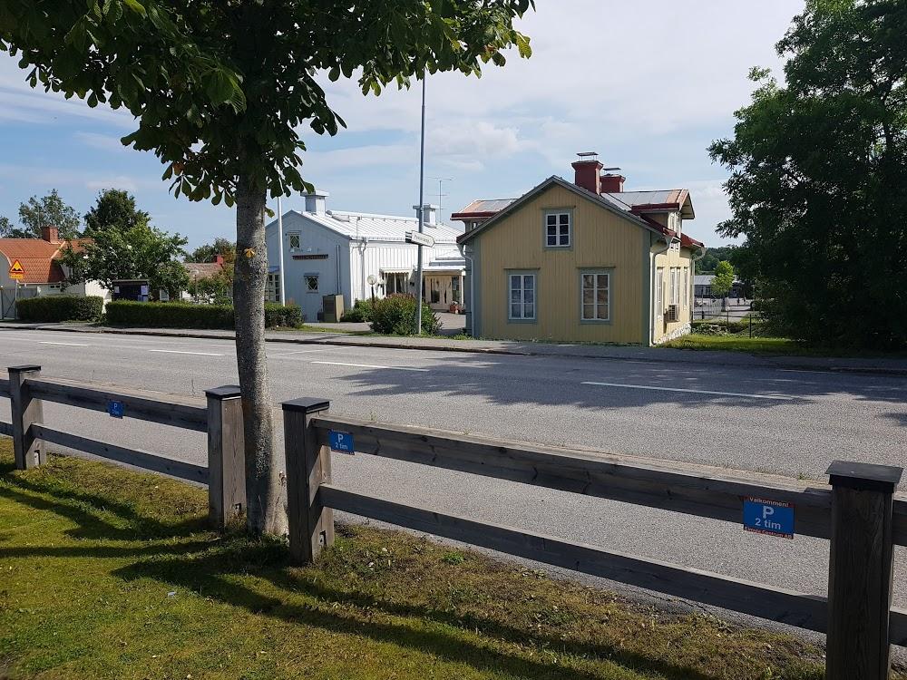 Björkö-Arholma kyrkogård