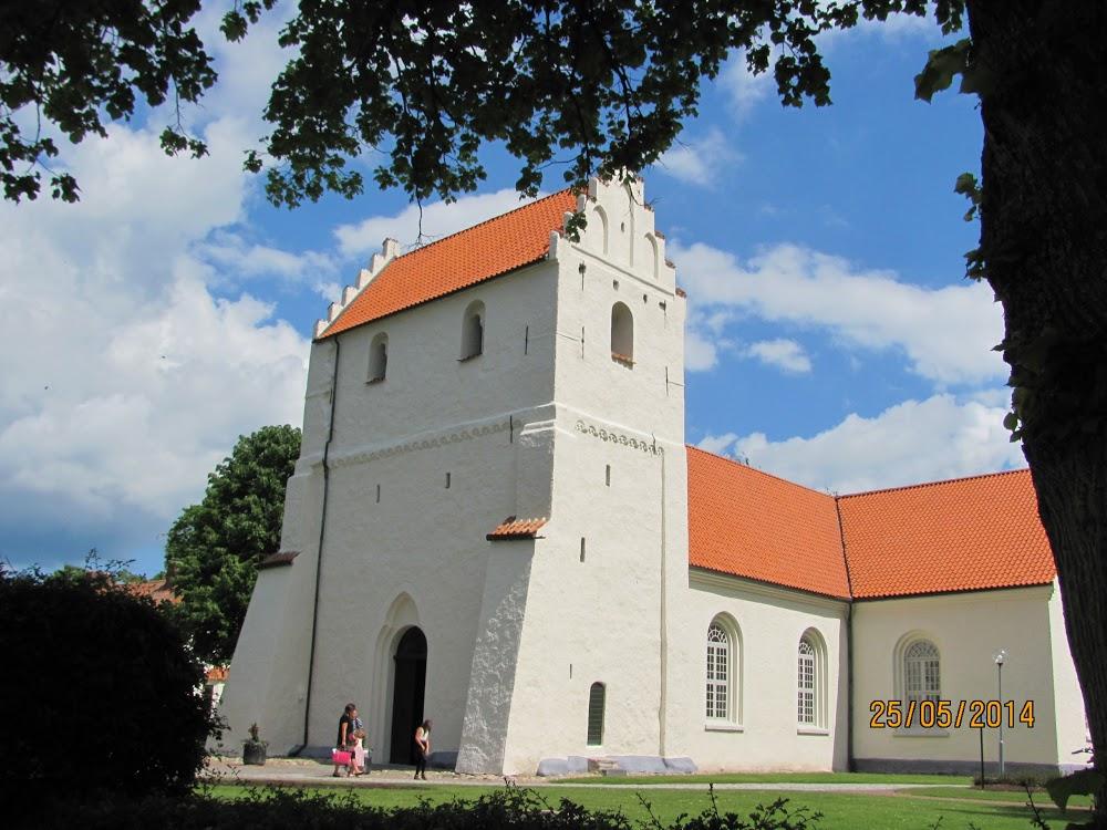 Ivö Kyrkogård
