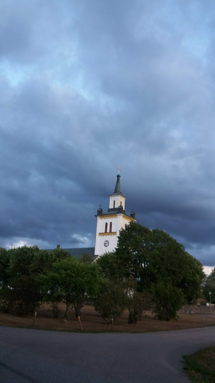 Knäreds kyrka