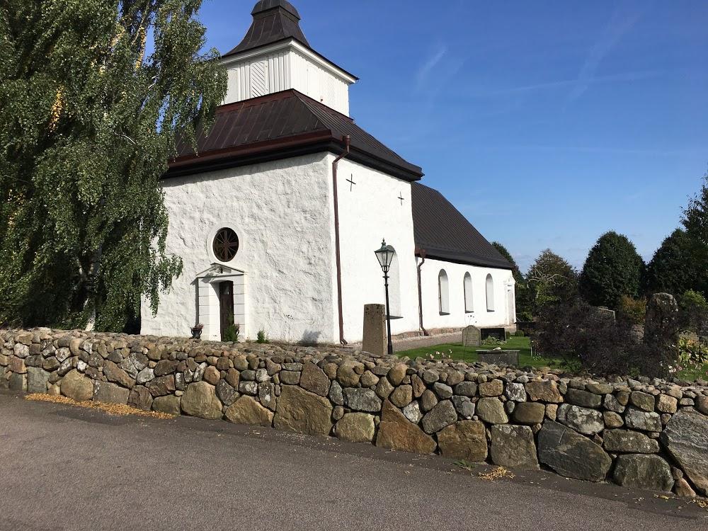 Rävinge kyrka