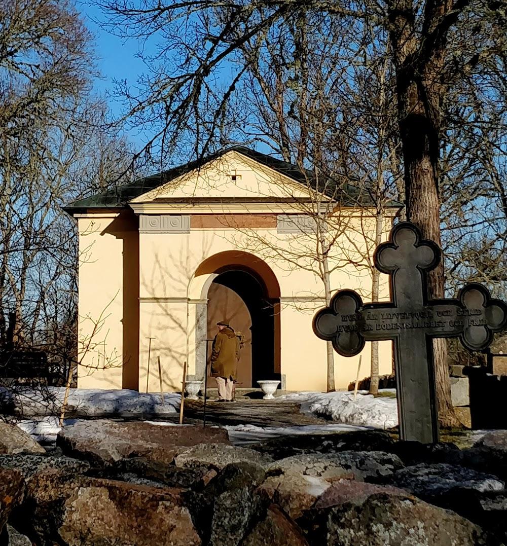 Giresta kyrkogård