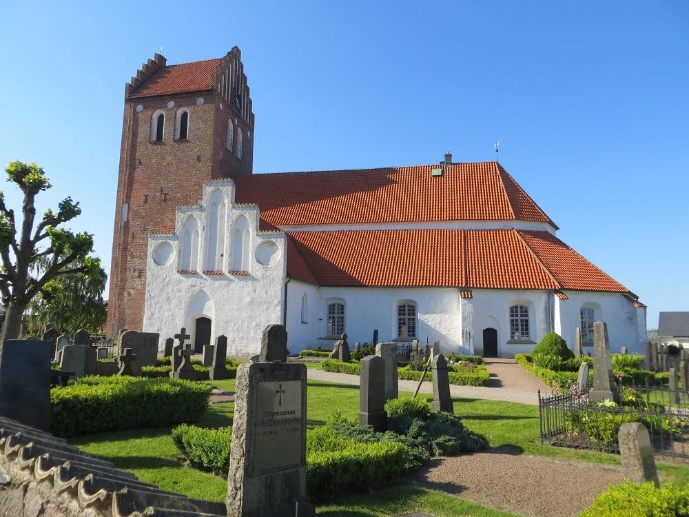 Östra Karups Kyrkogård