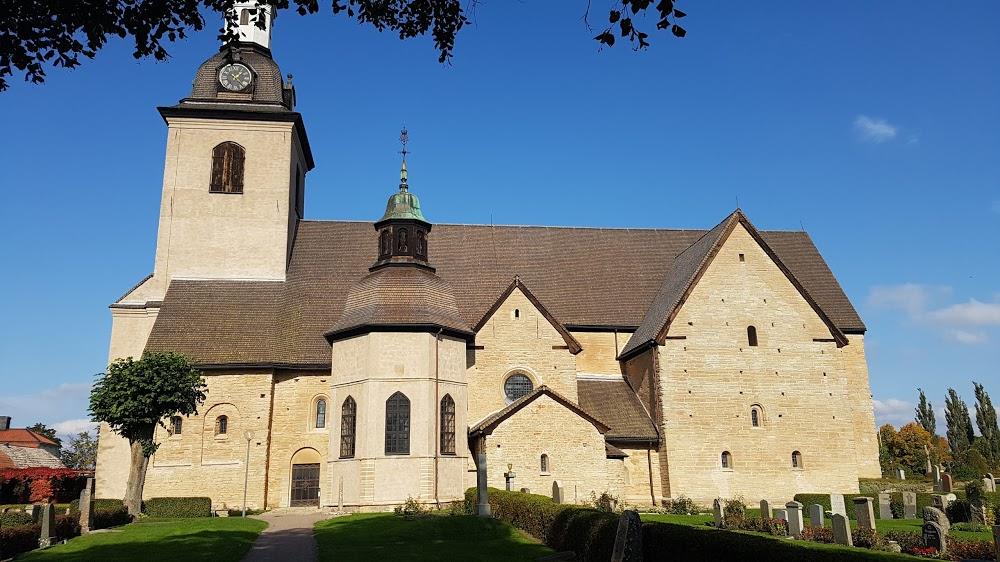 Vreta klosters kyrkogård