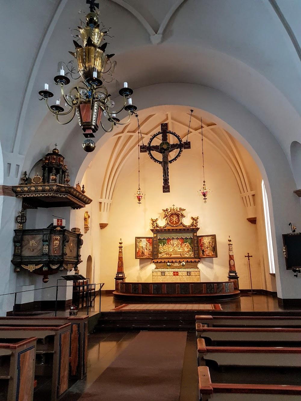 Alhems kyrkan