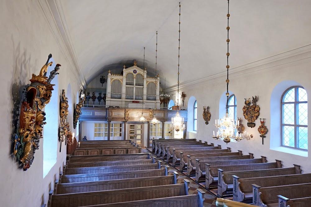 Ekeby kyrka