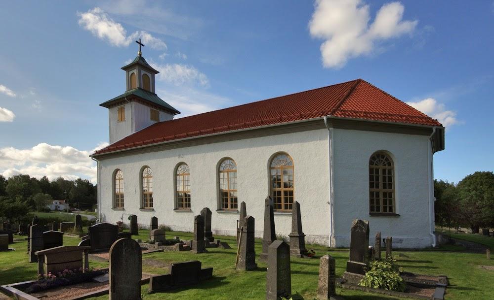 Långelanda kyrkogård