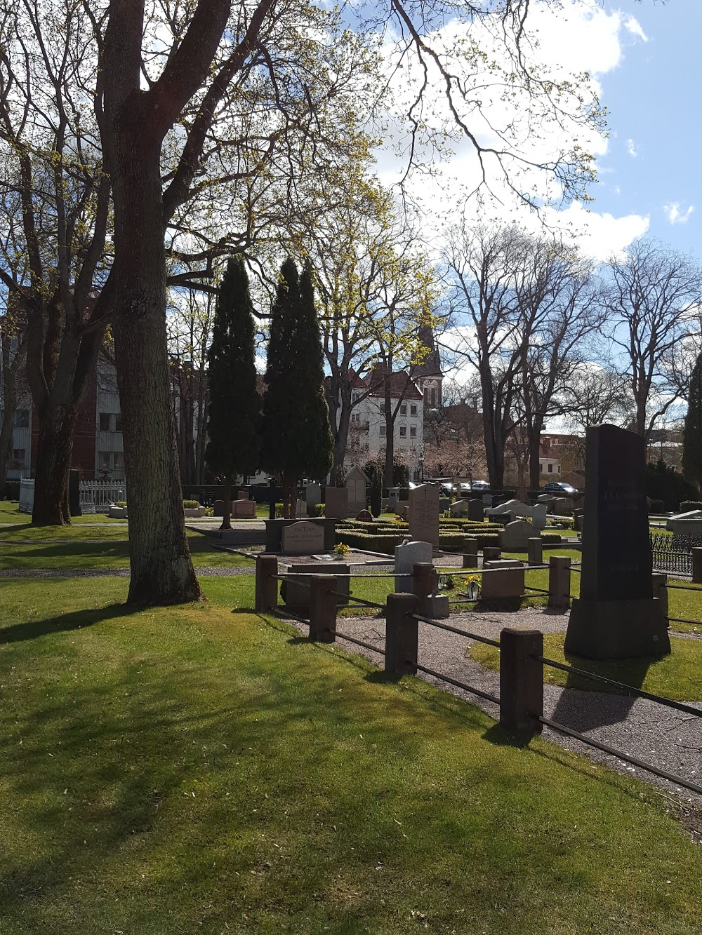 Dunkehalla Kyrkogård