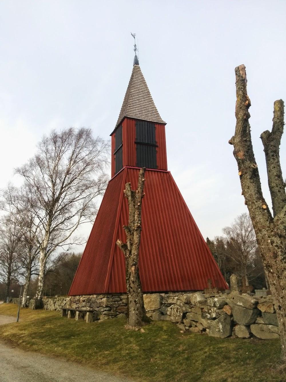 Naverstads kyrkogård