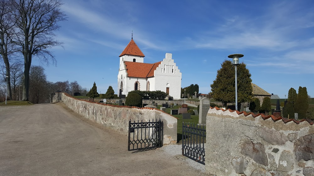 Bara kyrka