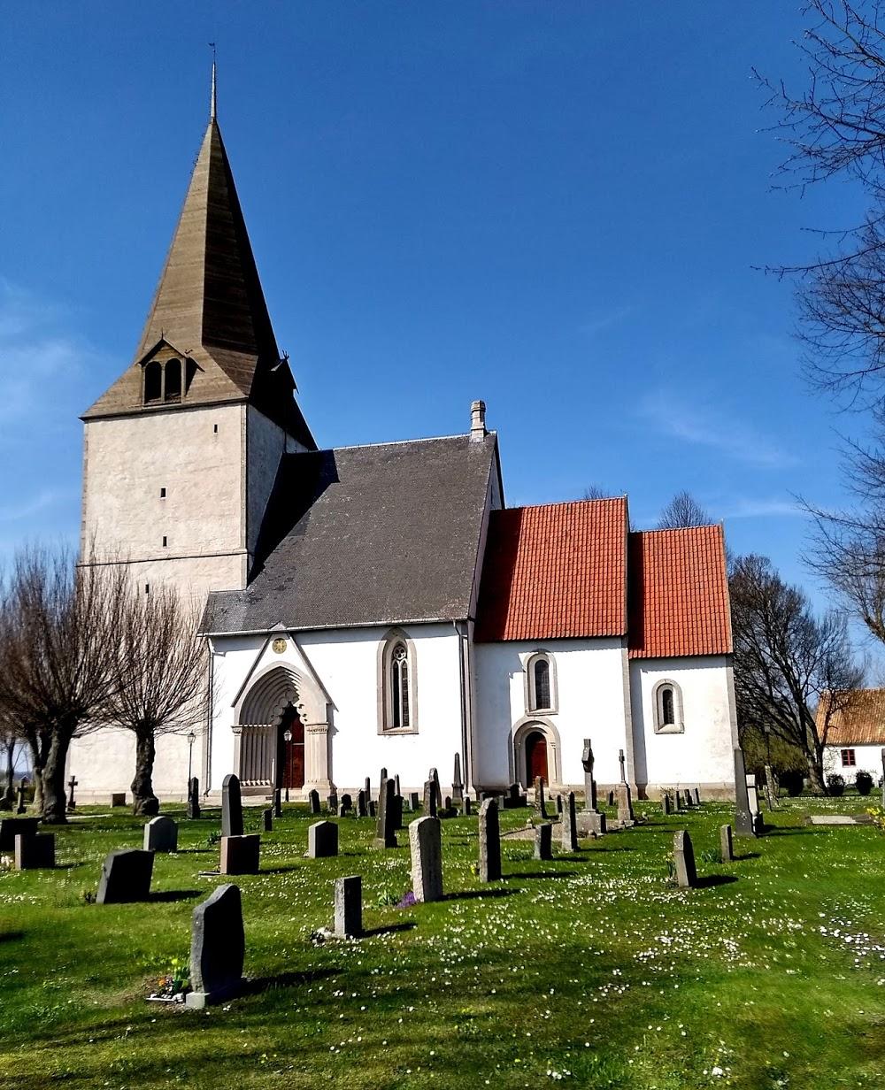 Dalhems kyrkogård