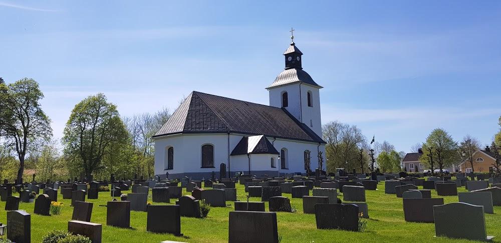 Vislanda kyrkogård