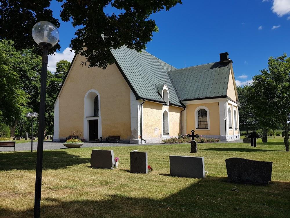 Lerbo kyrkogård