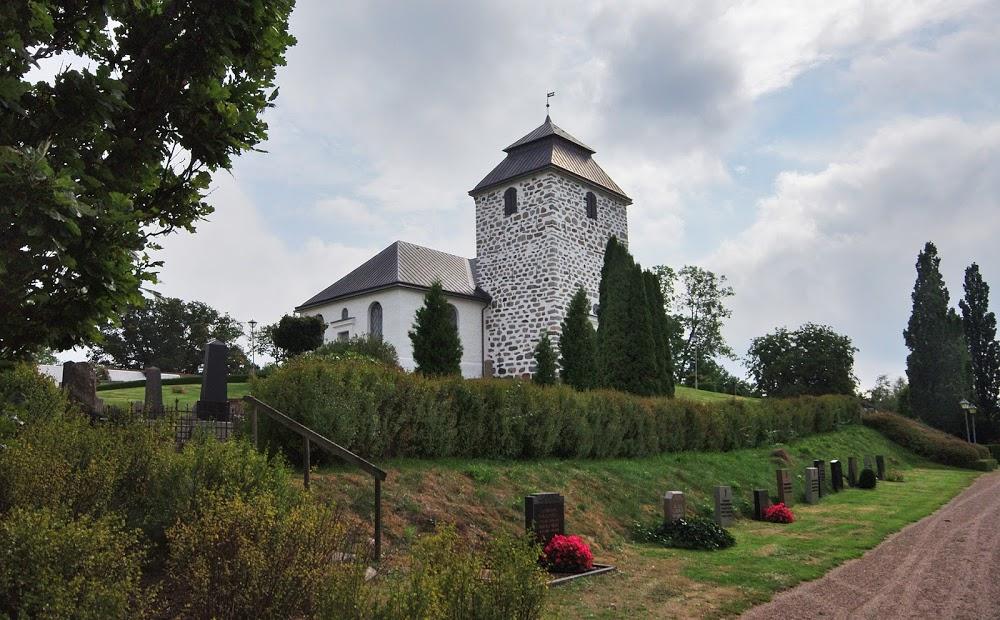 Riseberga Kyrkogård